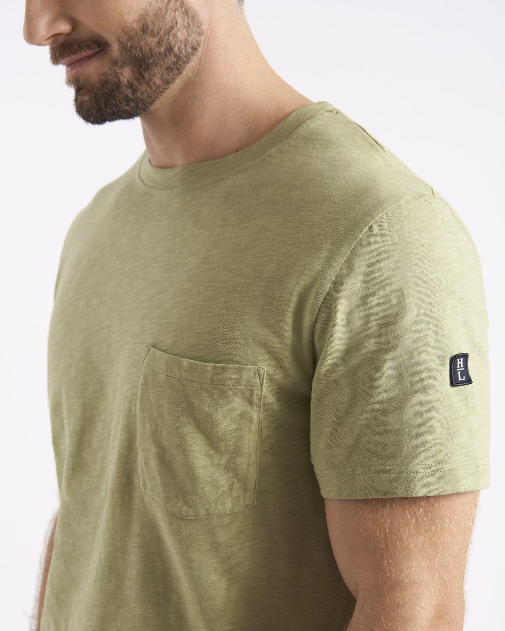 Miesten rento vaaleanvihreä eläväpintainen t-paita