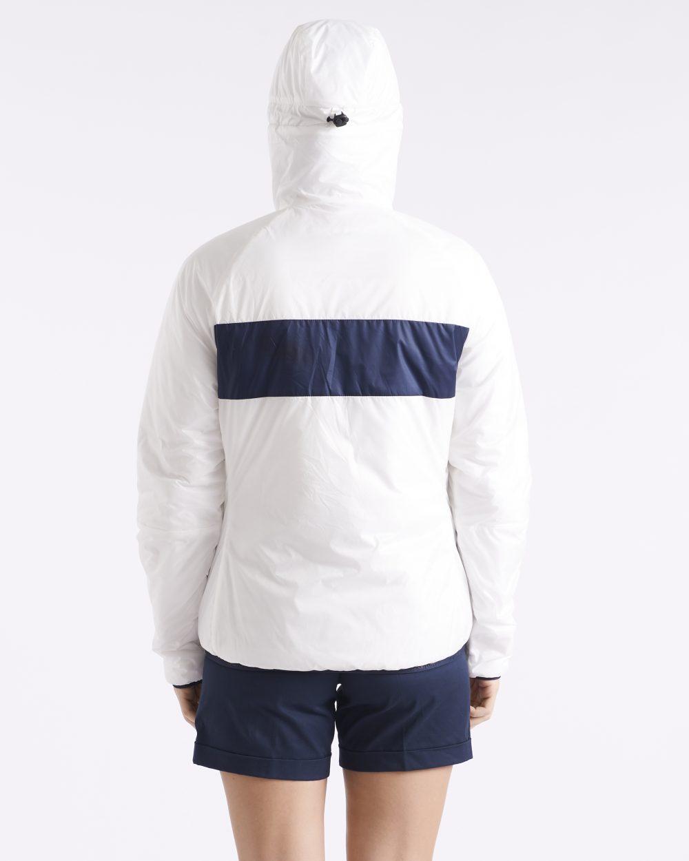 Naisten valkoinen synteettistä untuvaa oleva takki takaapäin